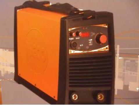 Inverter trifazat Discovery 250 de la Sudofim Serv Srl