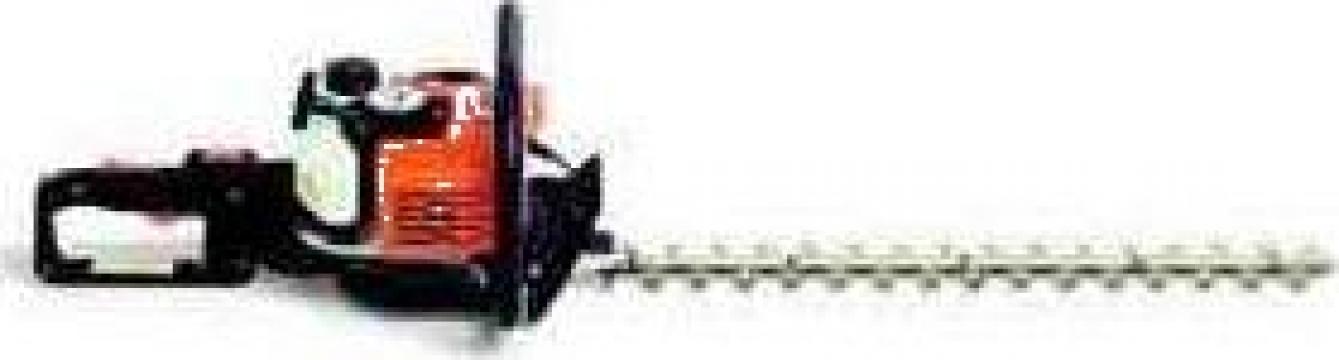 Motofoarfeca pentru tuns gard viu Stihl HS81R de la Nick & Son Services Srl