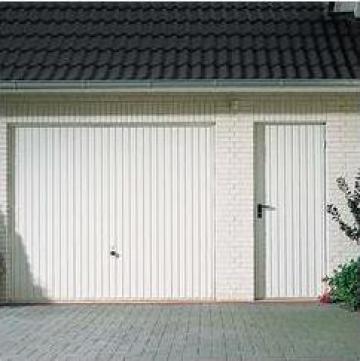 Usa garaj basculanta - Constanta de la Gamaterm Design