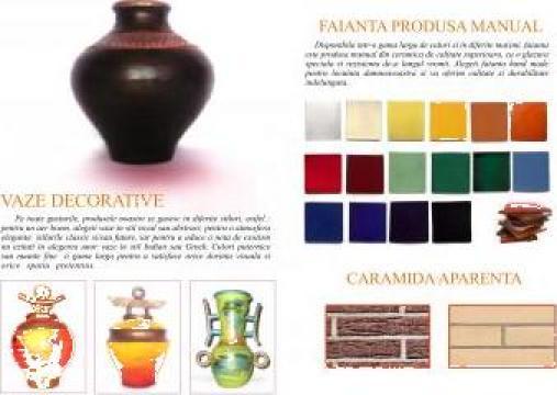 Vaze decorative de la Cezar Ceramics