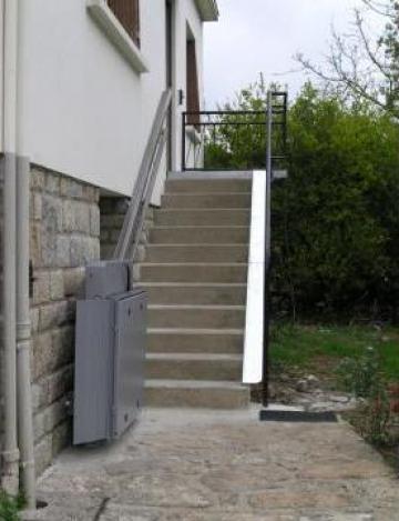 Lift inclinat pentru persoane cu dizabilitati de la Elmas