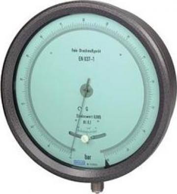 Manometru cu tub Bourdon pentru verificari metrologice de la Paldo Group International Sa