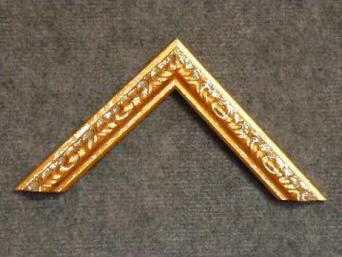 Profil din lemn ingust pentru rame si tablouri de la Frameart Decor Srl.