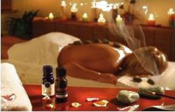 Masaj cu aromaterapie de la Massage Services