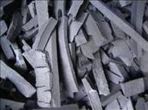 Carbuni din lemn