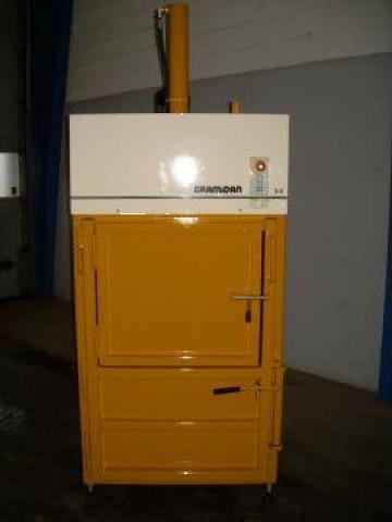 Presa de balotat carton, folie, PET second hand 3-0 de la Sc Schuster Recycling Technology Srl