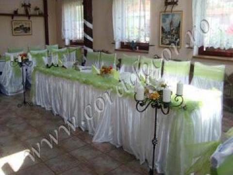 Aranjament decorativ pentru masa miri de la Sc Cora Decor Srl