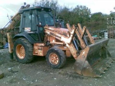 Inchiriere buldoexcavator, excavator senile