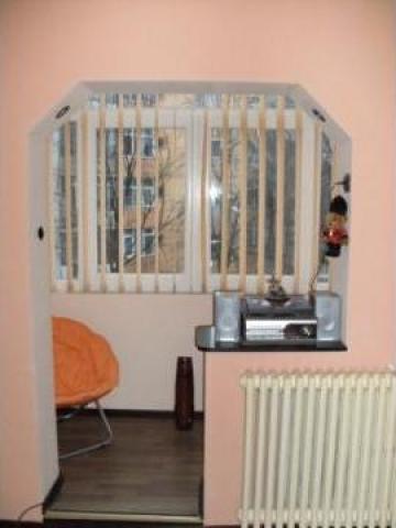 Jaluzele verticale textile , lemn , PVC de la Sc Art Junkie Srl