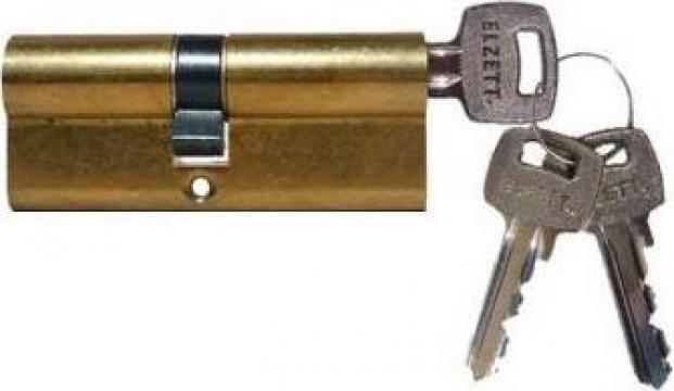 Cilindru usa universal cu cheie