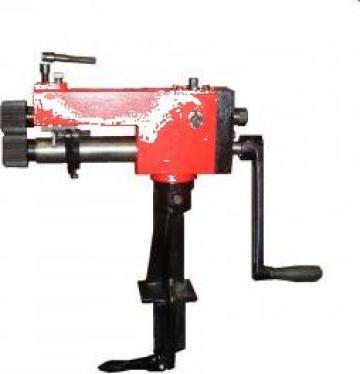 Masina manuala Zig de bordurat table pt tinichigerie