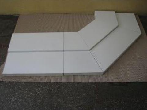 Gradena metalica pentru mobilier comercial