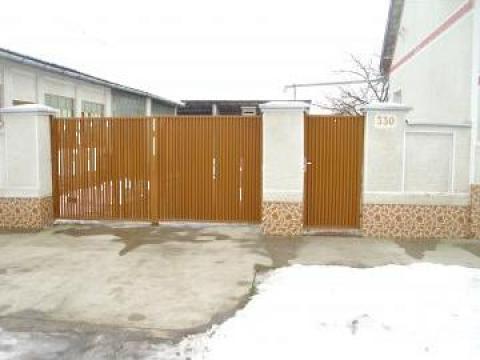 Garduri si porti cu tabla cutata