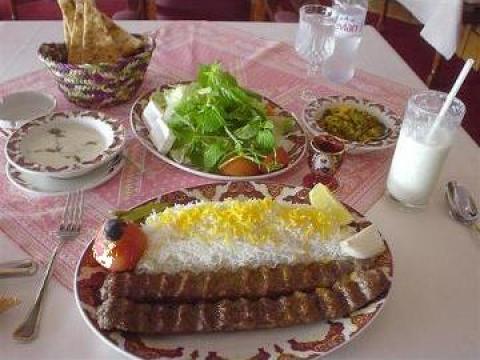 Restaurant Casa Persia de la Sorentu Plus Impex Srl