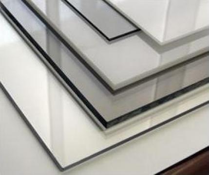 Placi policarbonat compact transparent 1.5mm de la Geo & Vlad Com Srl