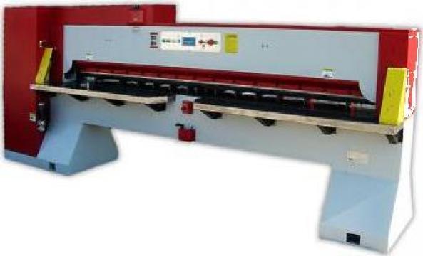 Masina pentru furnir Winter MDQ 260A de la Seta Machinery Supplier Srl