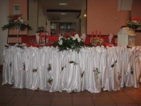Decoratiuni pentru sali evenimente festive de la Best Party