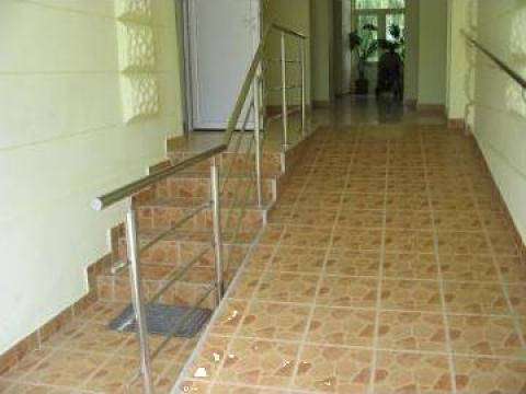 Balustrada interioara cu prindere pe treapta de la Sc Ambient Inox Srl