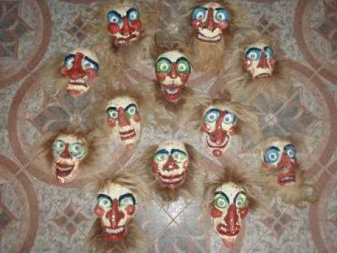 Masti populare, artizanale de la Sc MormeciAdrian