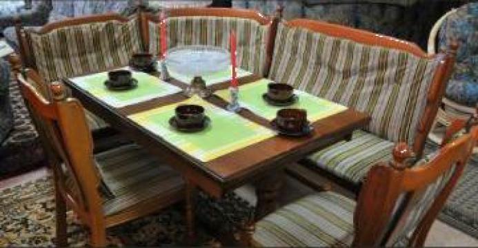 Coltar + scaune + masa bucatarie de la I. I. Bertok Czege Tunde