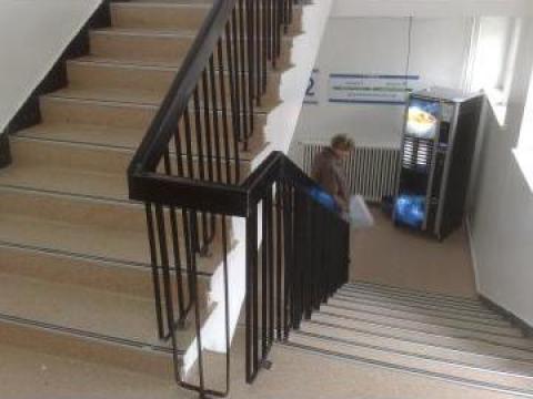Linoleum - covor PVC Tarkett trafic intens de la Paul Serv Com