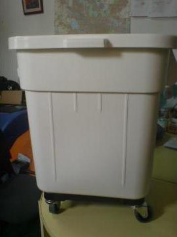 Container transport resturi medicale pe roti de la Tehnic Clean System