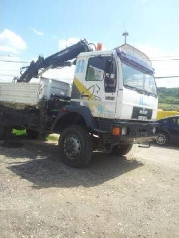 Camion cu macara Man Silent 18 264 de la Pax Trans