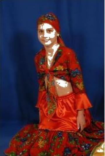 Costum de tiganca pt. fetite de la Costume De Serbare Pompilia Silaescu