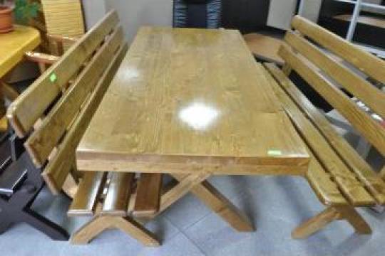 Masa din lemn masiv de brad de la Mobital M Company S.R.L.