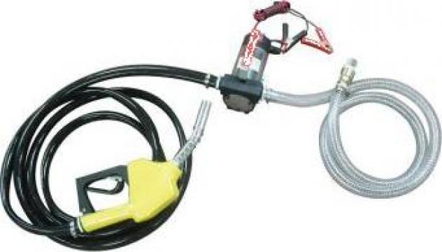 Pompa transfer combustibil cu pistol si furtun de la Trolii-auto.ro