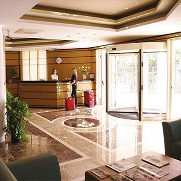 Cazare Hotel Monte Cristo
