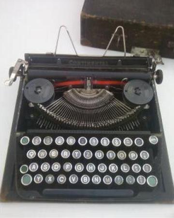 Masina de scris Continental 200 de la