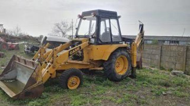 Piese Dezmembrari buldoexcavator Case 580 F