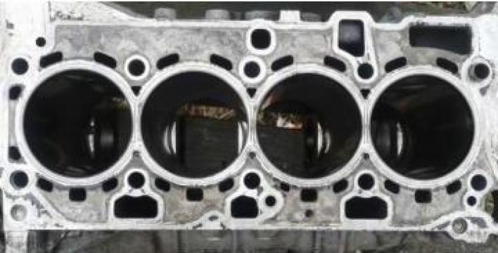 Bloc motor buldoexcavator Volvo BL71 de la Blumaq Ro Srl