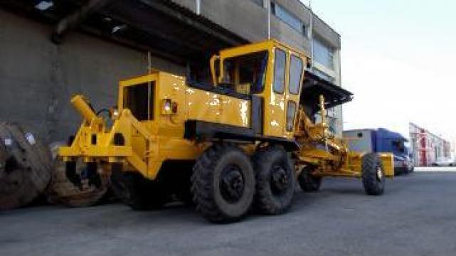 Inchiriere autogreder - utilaj de constructii drumuri de la Andor Utilaje SRL
