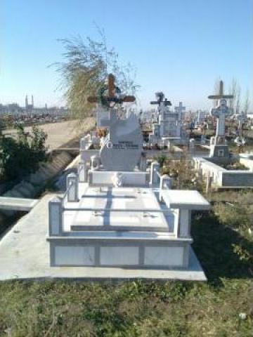 Lucrari si monumente funerare