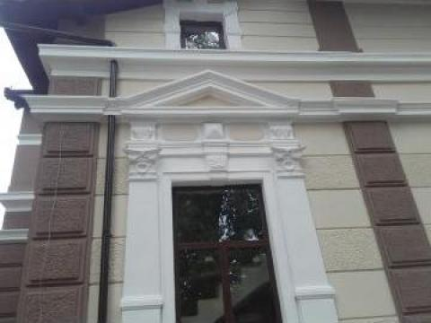 Renovare fatada arhitecturala de la Big Polistiren Srl.