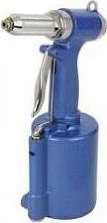 Pistol pneumatic pentru nituit 3810-011 de la Nascom Invest