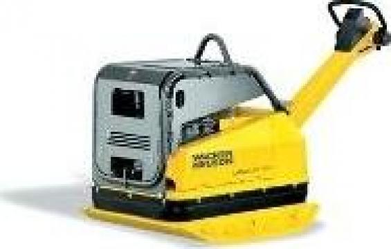 Placa compactoare Wacker Neuson DPU100-70 de la Nascom Invest
