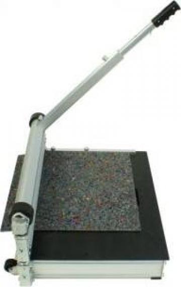 Ghilotina pentru debitare Design Cutter MR 630 de la Alveco Montaj Srl