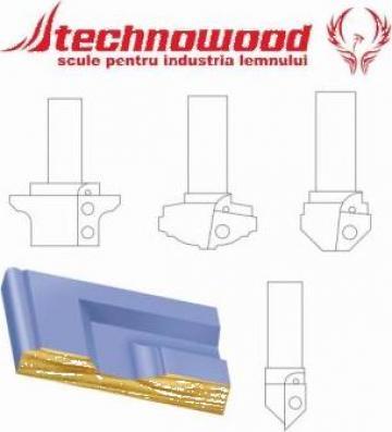 Freza CNC pentru usi 1 de la Technowood Srl