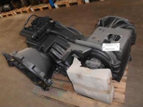 Cutie viteze pentru incarcator frontal ZF 4WG 200 de la Instalatii Si Echipamente Srl