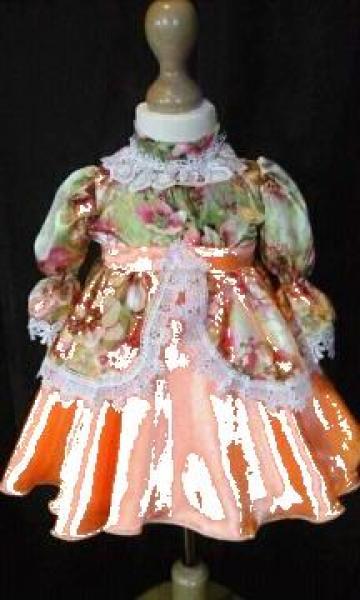 Rochita epoca bebe de la Costume De Serbare Pompilia Silaescu
