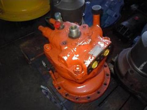Motor hidraulic rotire excavator Daewoo 220