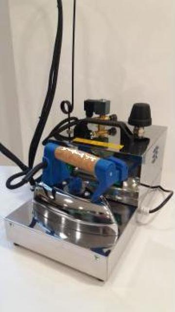 Generator aburi profesional cu fier de calcat Unika Inox