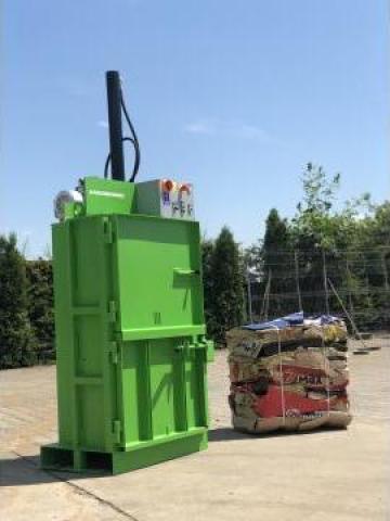 Presa de balotat deseuri BT 4 de la Filgreen Recycling