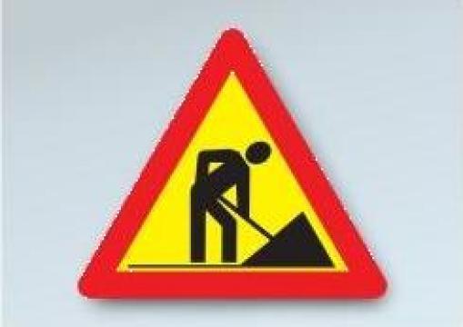 Indicatoare rutiere pentru semnalizare lucrari temporare de la S.c. Drumalex S.r.l.