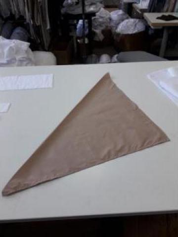 Bandana bucatar triunghi de la Sc Atelier Blue Srl