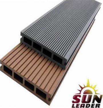 Pardoseala exterioara pentru terasa Deck Sun Leader de la Sc Sun Leader Srl