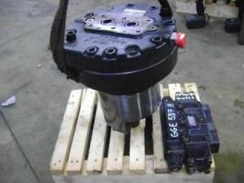Motor hidraulica Caterpillar 330D de la Nenial Service & Consulting